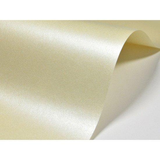 Изготовление и печать Визиток 90-50мм. в Москве материал Majestic , 4+4 (печать с двух сторон)
